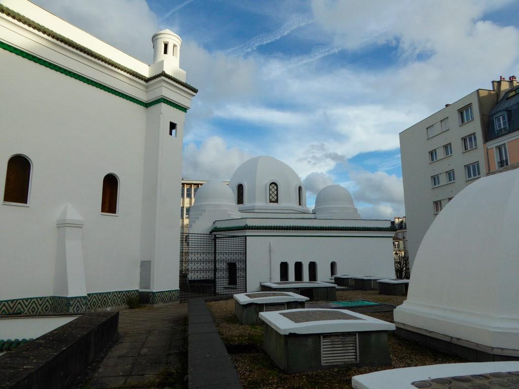 la vue d'une des terrasse de la mosquée de Paris